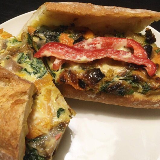 Frittata Sandwich Open - Patatas Kitchen