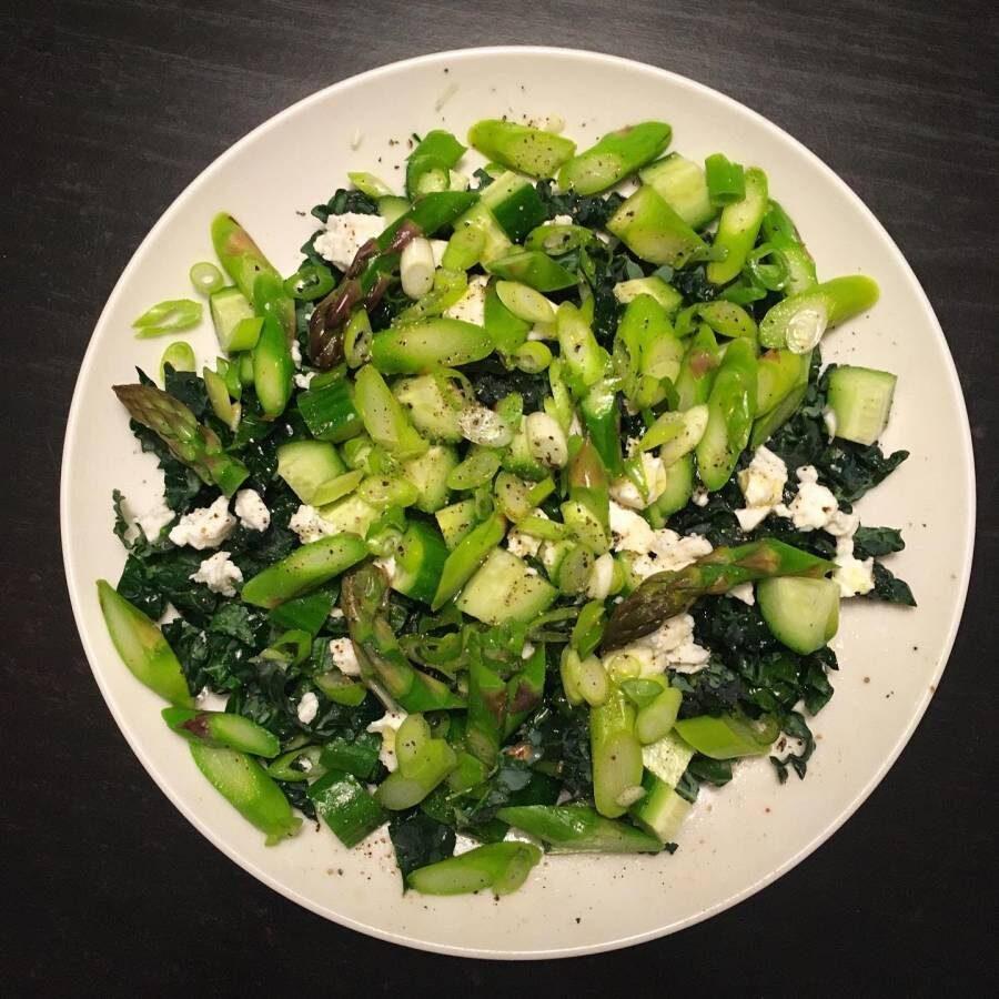 Lacinato Kale Asparagus Salad Dish